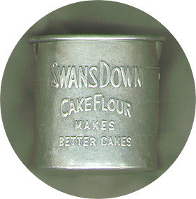 Swans Down Cake Flour Makes Better Cakes - Aluminum Measuring Cup